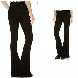 "GOLDSIGN ""Passion"" Black Skinny Flare Bottom Jeans"